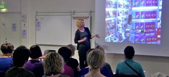 Petra Trobäck i maj 2013 (Skärpdump från videoinspelning av föreläsningen)
